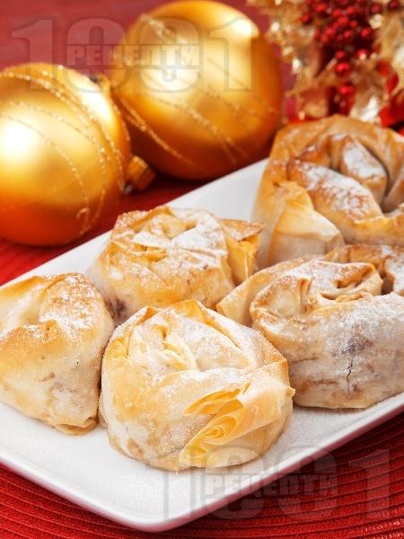 Коледни постни баклавички - снимка на рецептата
